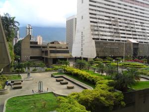 Oficina En Ventaen Caracas, Parque Central, Venezuela, VE RAH: 17-14031