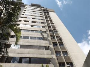 Apartamento En Ventaen Caracas, Prados Del Este, Venezuela, VE RAH: 17-14030