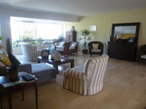 Apartamento En Venta En Caracas - Chulavista Código FLEX: 17-14029 No.4