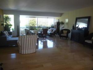Apartamento En Venta En Caracas - Chulavista Código FLEX: 17-14029 No.5