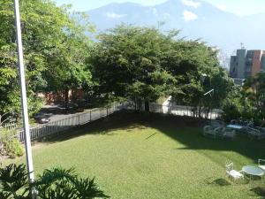 Apartamento En Venta En Caracas - Chulavista Código FLEX: 17-14029 No.14