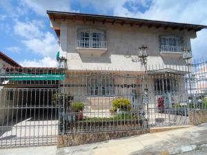 Casa En Ventaen Caracas, Los Naranjos Del Cafetal, Venezuela, VE RAH: 17-14037