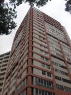 Apartamento En Venta En Caracas - Las Delicias de Sabana Grande Código FLEX: 17-14058 No.0