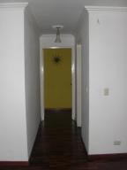 Apartamento En Venta En Caracas - Las Delicias de Sabana Grande Código FLEX: 17-14058 No.6