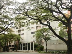Apartamento En Venta En Caracas - La Florida Código FLEX: 17-14067 No.0
