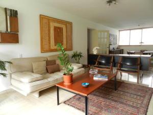 Apartamento En Venta En Caracas - La Florida Código FLEX: 17-14067 No.7