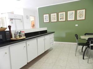 Apartamento En Venta En Caracas - La Florida Código FLEX: 17-14067 No.12