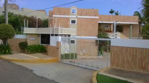 Apartamento En Ventaen Maracaibo, Lago Mar Beach, Venezuela, VE RAH: 17-14133