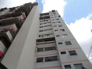 Apartamento En Ventaen Caracas, Parroquia Santa Rosalia, Venezuela, VE RAH: 17-14425