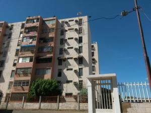 Apartamento En Ventaen Maracaibo, Sabaneta, Venezuela, VE RAH: 17-14169