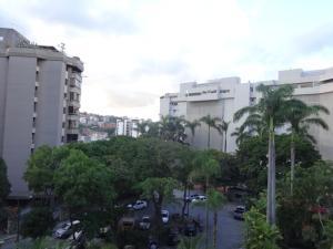 Apartamento En Venta En Caracas - Las Mesetas de Santa Rosa de Lima Código FLEX: 17-14173 No.11