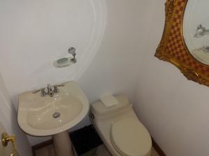 Apartamento En Venta En Caracas - Las Mesetas de Santa Rosa de Lima Código FLEX: 17-14173 No.14