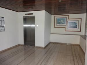 Apartamento En Venta En Caracas - Las Mesetas de Santa Rosa de Lima Código FLEX: 17-14173 No.12