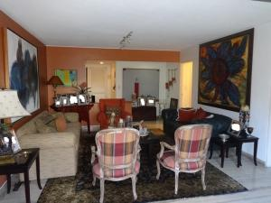Apartamento En Venta En Caracas - Las Mesetas de Santa Rosa de Lima Código FLEX: 17-14173 No.17