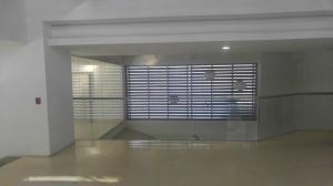 Apartamento En Venta En Caracas En La Castellana - Código: 17-14197