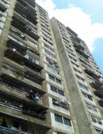 Apartamento En Ventaen Caracas, Parroquia Santa Rosalia, Venezuela, VE RAH: 17-14330