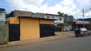 Local Comercial En Ventaen Puerto Piritu, Puerto Piritu, Venezuela, VE RAH: 17-14214