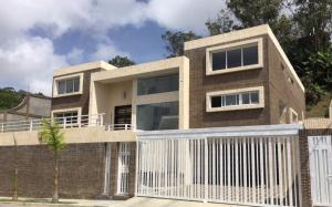 Casa En Ventaen Caracas, La Lagunita Country Club, Venezuela, VE RAH: 17-14223