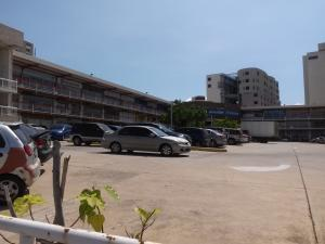 Local Comercial En Alquileren Maracaibo, Avenida Bella Vista, Venezuela, VE RAH: 17-14230