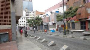 En Venta En Caracas - Sabana Grande Código FLEX: 17-14260 No.16