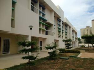 Apartamento En Ventaen Maracaibo, Juana De Avila, Venezuela, VE RAH: 17-14274