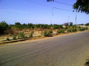 Terreno En Ventaen Los Puertos De Altagracia, Via Principal, Venezuela, VE RAH: 17-14275