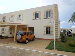 Casa En Ventaen El Tigre, Sector Avenida Jesus Subero, Venezuela, VE RAH: 17-14276