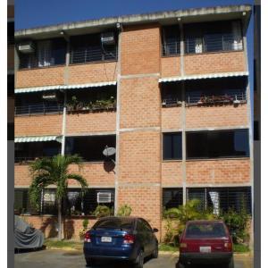 Apartamento En Alquileren Guarenas, Ciudad Casarapa, Venezuela, VE RAH: 17-14288