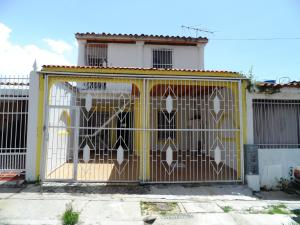 Casa En Ventaen Municipio San Diego, La Esmeralda, Venezuela, VE RAH: 17-14319