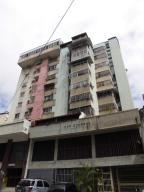 Apartamento En Ventaen Caracas, Parroquia Altagracia, Venezuela, VE RAH: 17-14307
