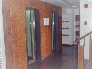 Apartamento En Venta En Caracas - Los Palos Grandes Código FLEX: 17-14312 No.1