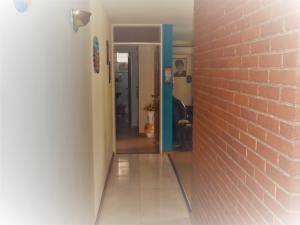 Apartamento En Venta En Caracas - Los Palos Grandes Código FLEX: 17-14312 No.3