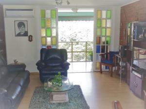 Apartamento En Venta En Caracas - Los Palos Grandes Código FLEX: 17-14312 No.5