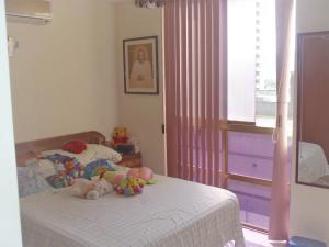 Apartamento En Venta En Caracas - Los Palos Grandes Código FLEX: 17-14312 No.8
