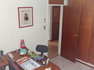 Apartamento En Venta En Caracas - Los Palos Grandes Código FLEX: 17-14312 No.11