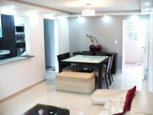Apartamento En Venta En Caracas En Colinas de La Tahona - Código: 17-15175