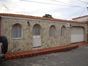 Casa En Ventaen Turmero, Valle Lindo De Turmero, Venezuela, VE RAH: 17-14379