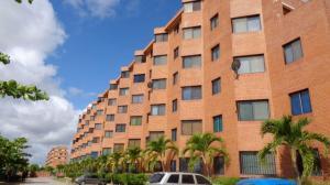 Apartamento En Ventaen Higuerote, Agua Sal, Venezuela, VE RAH: 17-14381