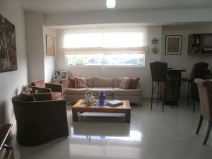 Apartamento En Ventaen Maracaibo, Cecilio Acosta, Venezuela, VE RAH: 17-14874