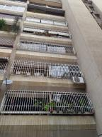 Apartamento En Ventaen Caracas, La Urbina, Venezuela, VE RAH: 17-14421
