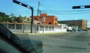 Galpon - Deposito En Alquileren Maracaibo, Calle 72, Venezuela, VE RAH: 17-14424