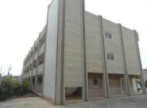 Apartamento En Ventaen Maracaibo, Monte Bello, Venezuela, VE RAH: 17-14577