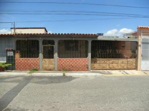 Casa En Ventaen Barquisimeto, Parroquia El Cuji, Venezuela, VE RAH: 17-14487