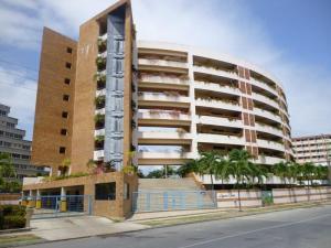 Apartamento En Ventaen Higuerote, Puerto Encantado, Venezuela, VE RAH: 17-14532