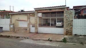 Casa En Ventaen Turmero, Los Overos, Venezuela, VE RAH: 17-14570