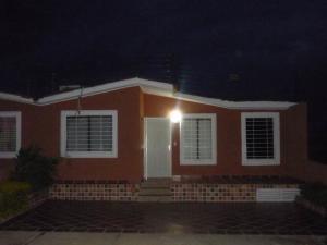 Casa En Ventaen Barquisimeto, Parroquia Tamaca, Venezuela, VE RAH: 17-14618