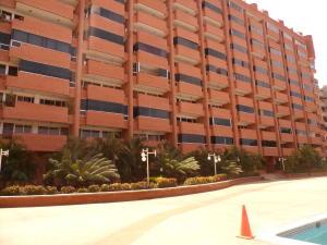 Apartamento En Ventaen Parroquia Caraballeda, Caribe, Venezuela, VE RAH: 17-14630