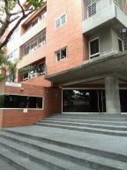 Apartamento En Alquileren Caracas, El Rosal, Venezuela, VE RAH: 17-14671