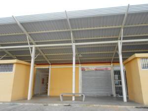 Local Comercial En Ventaen Municipio Los Guayos, Buenaventura, Venezuela, VE RAH: 17-14696