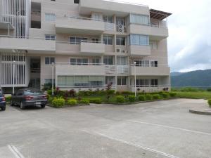 Apartamento En Venta En Caracas - Bosques de la Lagunita Código FLEX: 17-14747 No.1